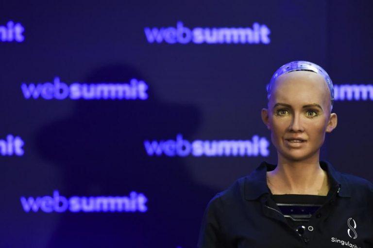 Sophia, le premier robot-citoyen du monde, veut «fonder une famille et être célèbre»
