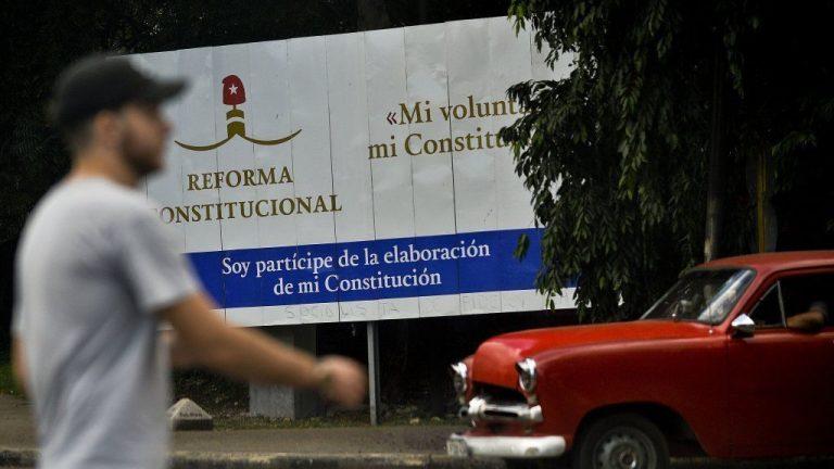 Cuba : le mariage homosexuel ne figurera pas dans la nouvelle Constitution