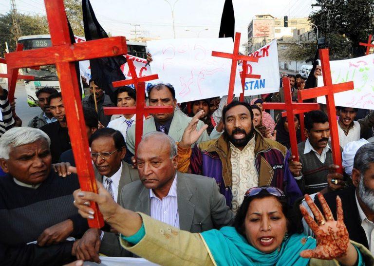 Plus de 10 000 chrétiens manifestent contre la persécution en Inde