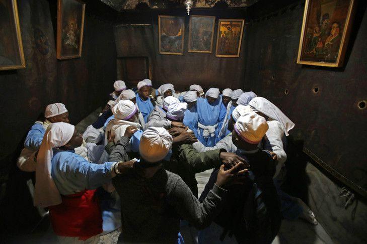 Des pèlerins venus du monde entier se sont rassemblés à Bethléem pour Noël